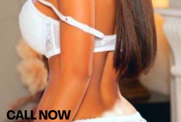 HOTTEST GIRL AVAILABLE FOR OUTCALLS