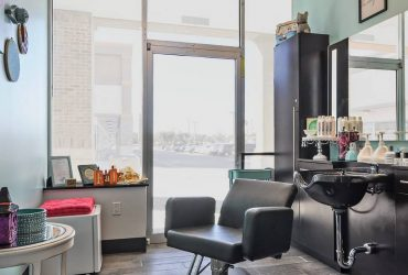 Excellent views and high profile salon suite for rent near me